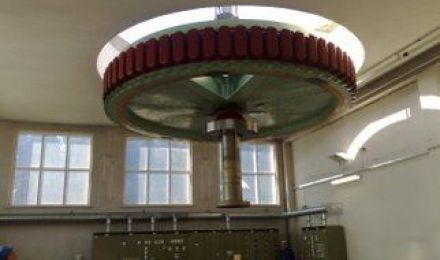 Vesivoimalaitostyö